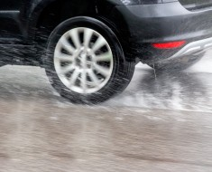 tips to Stay Safe Driving in the Rain